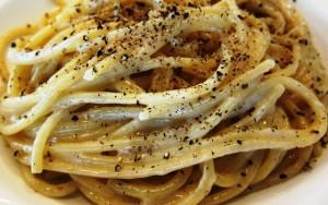 Spaghetti-Cacio-e-Pepe-940-640x400  best private tours in Italy