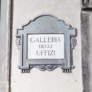 Uffizi and Oltrarno District Tour