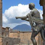 pompeii-statue-of-apollo-shutterstock_142779730