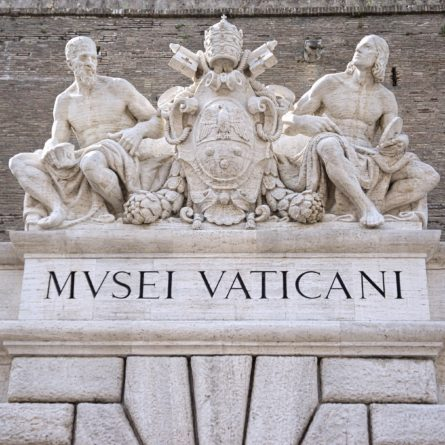 vatican-museums-sign-shutterstock_194465234
