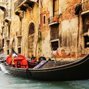 Venice-Family-Orientation-Tour-Venice-Gondola_