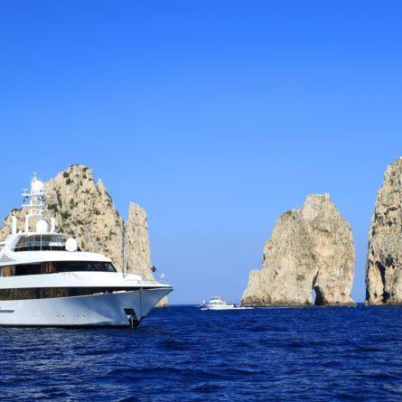 capri-by-boat-shutterstock_150826844
