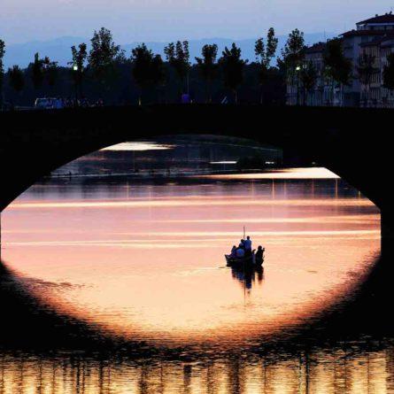 cruise-arno-river