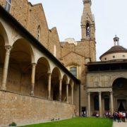 Portico laterale di Santa Croce Firenze