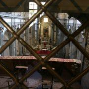 looking_into_santa_felicita_from_the_vasari_corridor