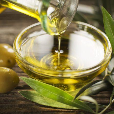 olive-oil-shutterstock_193533122